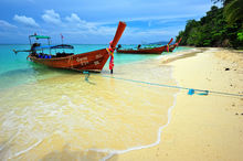 The Sea On Every Side, Bamboo Beach, Thailand, phi phi island, indian ocean, longboat, wood boat, landscape, sand, beach, bernard chen, timescapes