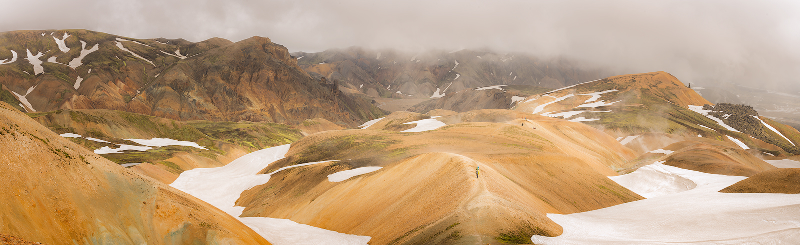 Iceland, Laugavegur, Laugavegur Trail, Highlands, Hills, Valleys, Snow, Fog,  Panoramic, Bernard Chen, photo