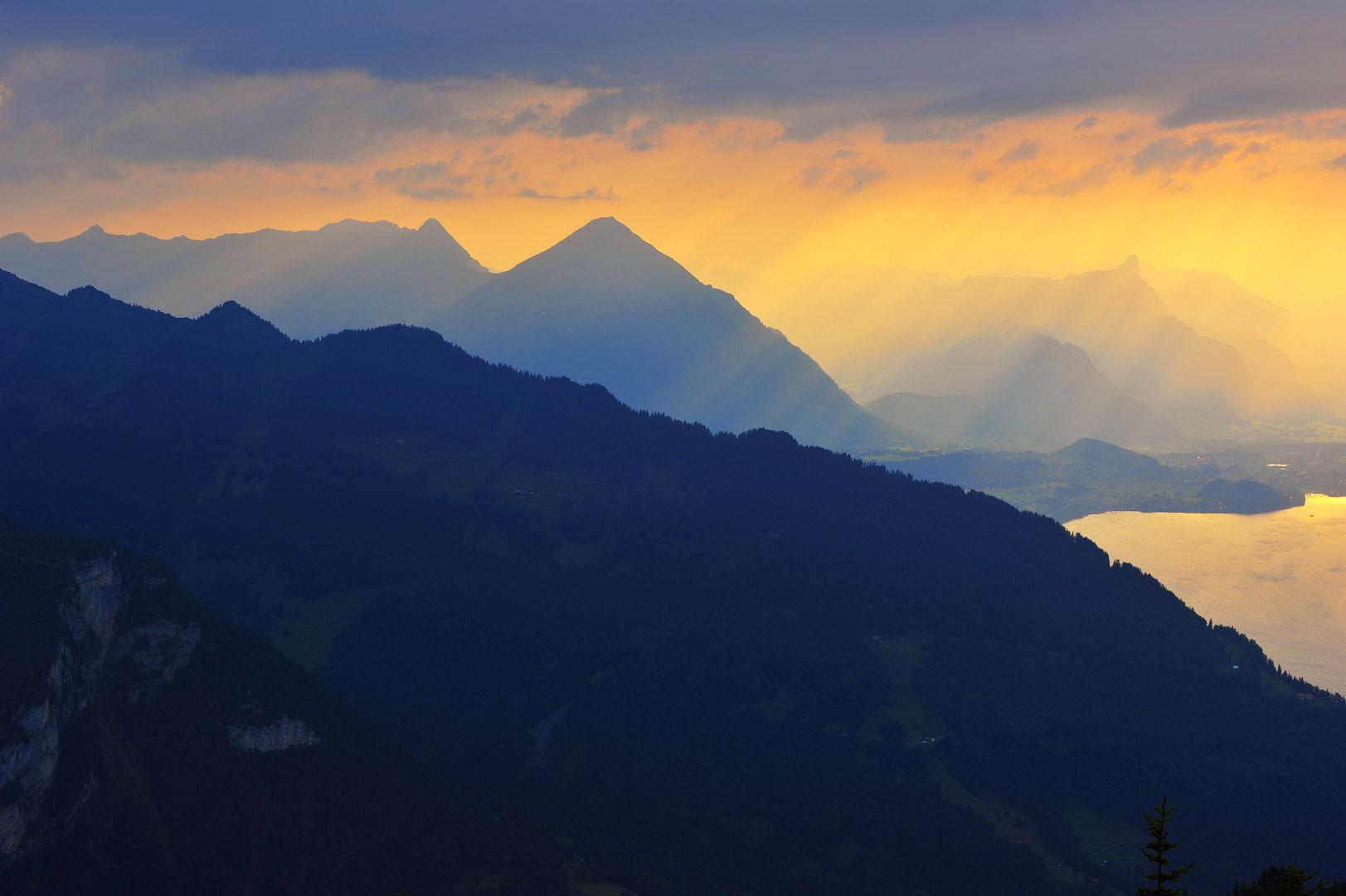 Switzerland, Alps, Schilthorn, Eiger, Mönch, Grindelwald, Jungfrau, Kleine Scheidegg, Swiss Alps, Interlaken, Schynige Platte, Wetterhorn, Brienzersee, Lauterbrunnen, Männlichen, Schreckhorn, Wengen, photo