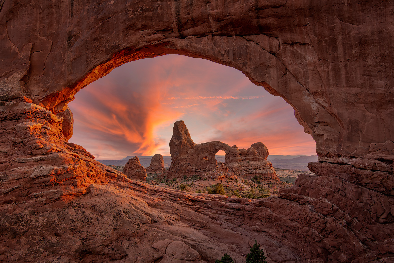 arches national park, arches, mesa arch, delicate arch, north window arch, corona arch, wilson arch, astrophotography, landscape...